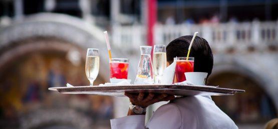 Standardy obsługi Klienta w restauracji