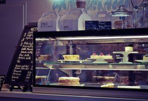 Płatności zbliżeniowe kartą i bezgotówkowe dla gastronomii